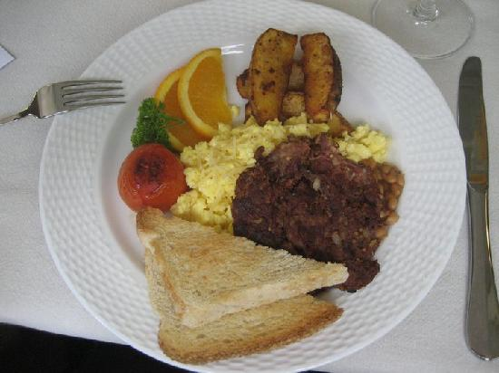 The Inn at Cliffhouse Tagaytay: homemade breakfast