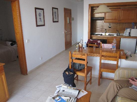 H10 Suites Lanzarote Gardens: Apartment 335