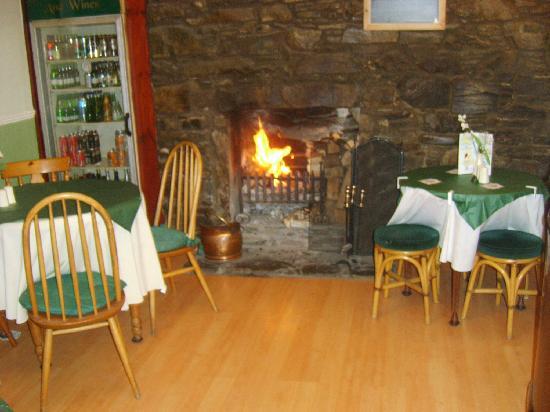 The Merchants House: Small, cosy bar