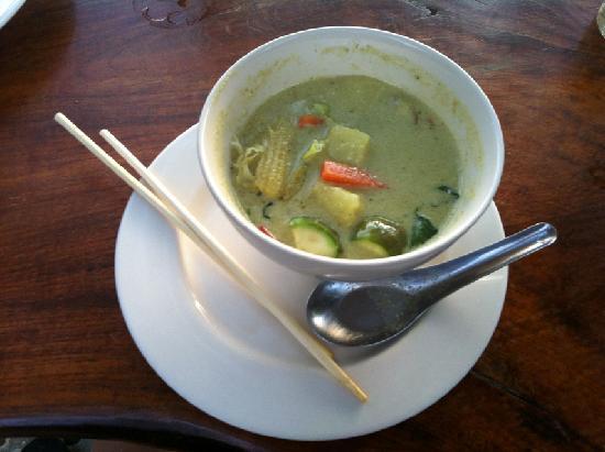 Restaurant at Phi Phi Paradise Pearl Resort: Green Curry