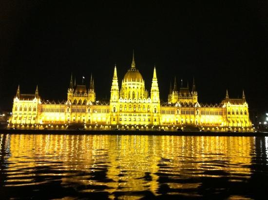 Novotel Budapest Centrum: parlamento