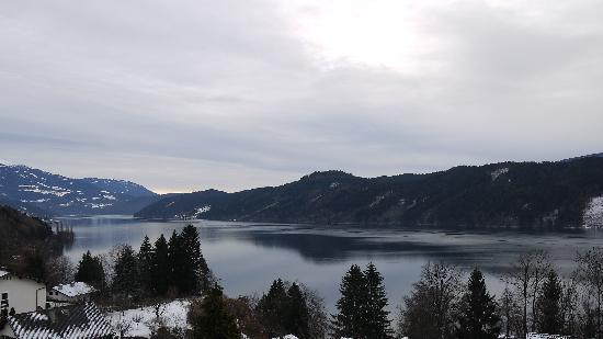 Bellevue: Lago dalla camera