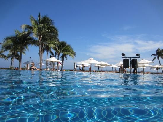 Infinity pool foto di sheraton hua hin resort spa cha - Shanghai infinity pool ...