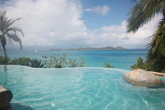 Rosewood Little Dix Bay: Double Infinity Pool at Essence Spa