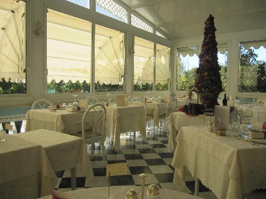Restaurant, Villa Elisa
