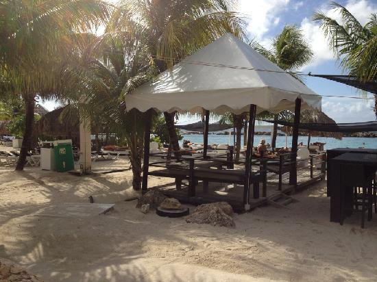 Van der Valk Kontiki Beach Resort: plage
