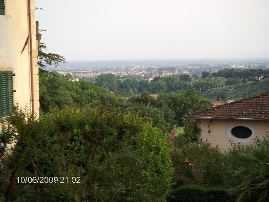 Villa Stabbia: udsigt mod Montecatini