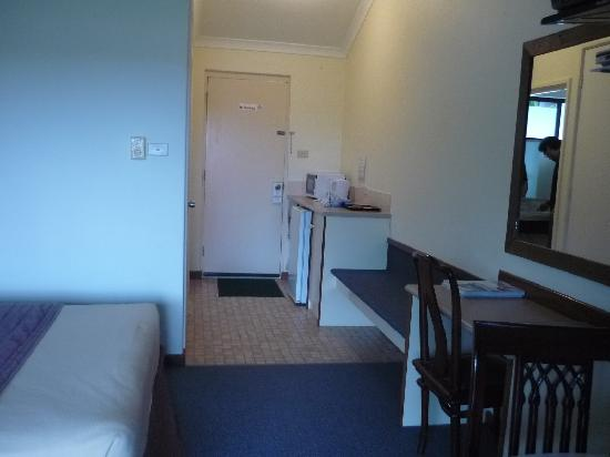 Karri Forest Motel: room1
