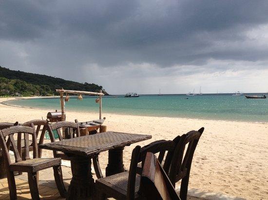 Kantiang Bay View Resort Restaurant: view
