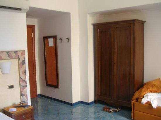 هوتل فلوريديانا: Room interior