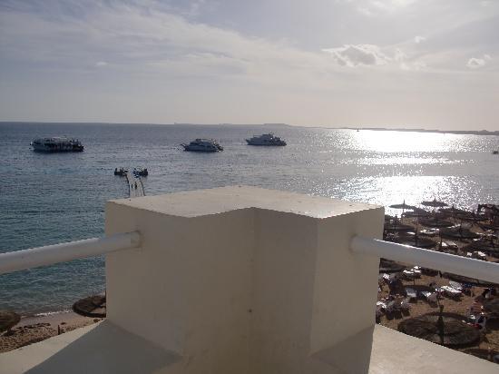 SENTIDO Reef Oasis Senses Resort: Utsikt från grillrestaurangen