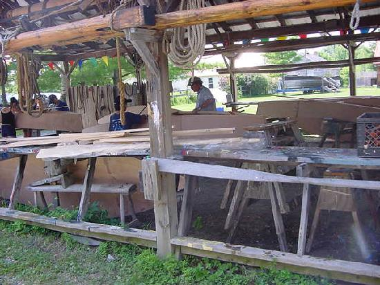 Lake Champlain Maritime Museum: boat building workshops taught on site