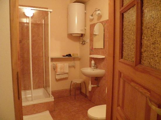 Cracowrent Apartments: salle de bains