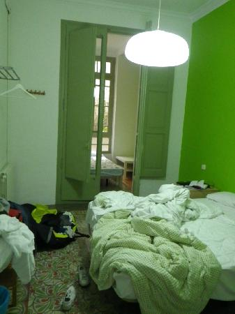 Cosmopolitan Boutique Hostal: Barna Hostal, room №8