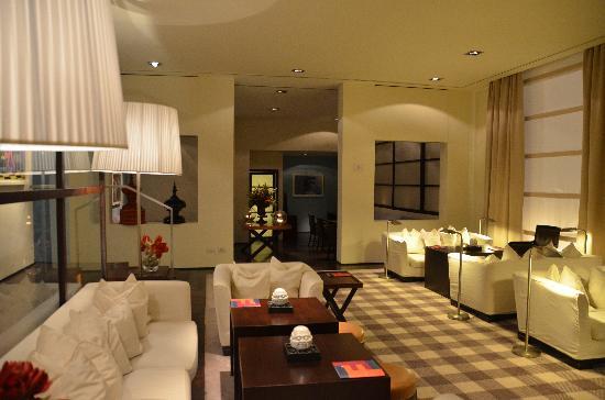 Gallery Hotel Art : Le Lounge pour petits dej aussi!!
