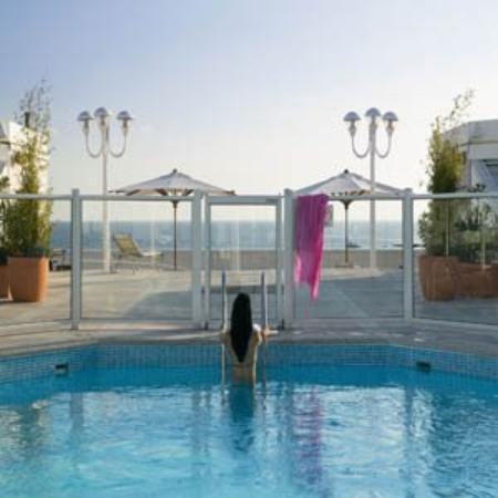 JW Marriott Cannes : Piscine Toit Terrasse New