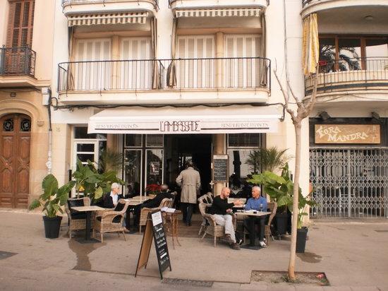 Frente Restaurante L'Ambassade