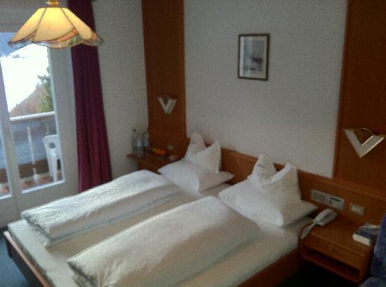 Kristiania Small Dolomites Hotel: Zimmer unterer Kategorie