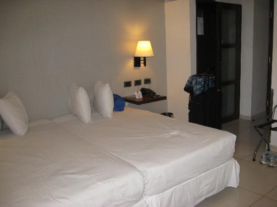 Hotel LP Santa Cruz Centro : My room