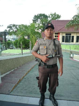 Quality Hotel Gorontalo : hotel security
