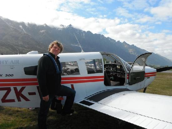 Glenorchy Air: The 6 seater Piper Cherokee