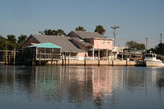 Triad Seafood Market & Cafe : Tranquility on the water