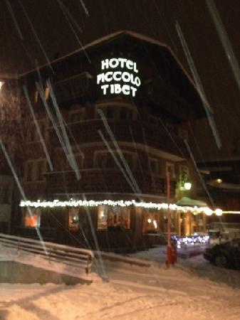 Hotel Piccolo Tibet: nevica al tibet