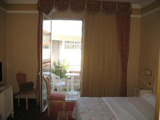 Hotel Terme Helvetia: La habitación con terraza individual