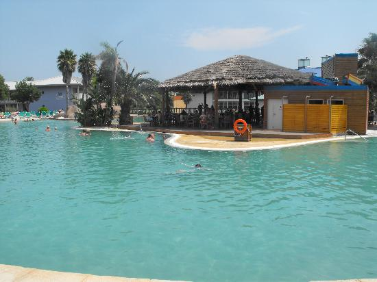 PortAventura Hotel Caribe: the pool