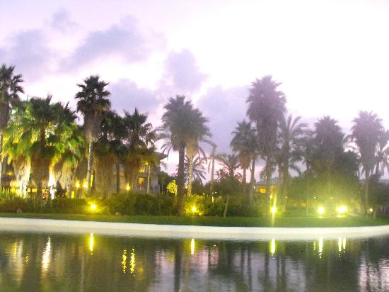 PortAventura Hotel Caribe: late at night view while having a drink :)