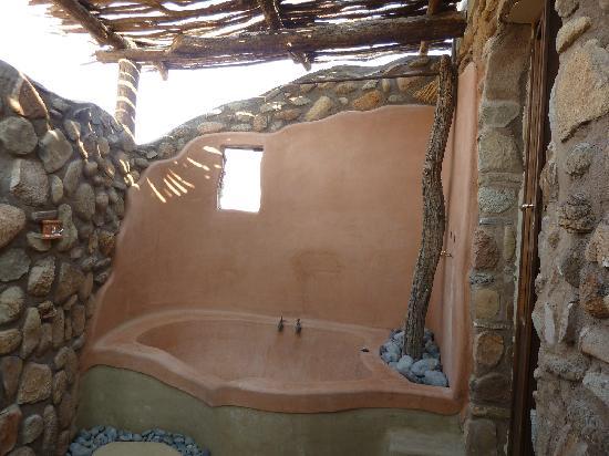 outside bath - Picture of Hoodia Desert Lodge, Sesriem - TripAdvisor