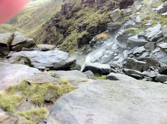 Национальный парк Пик-Дистрикт, UK: kinder downfall