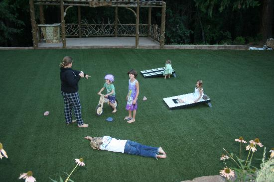 Lazy Z Resort: Playing corn hole on the lawn