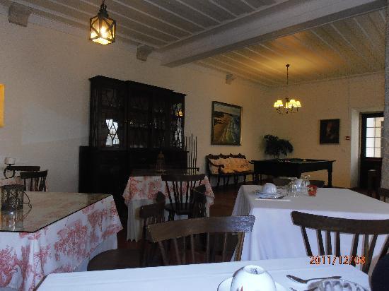 Quinta dos Machados: sala comum e pequeno almoço