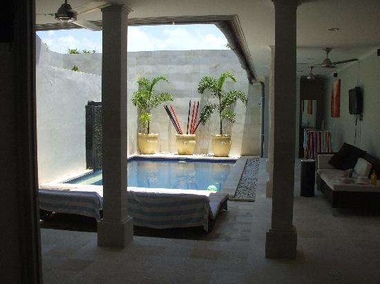 Kuta Regency Villa (B10): beautiful pool area - 2 double sun lounges, day bed, tv & fans