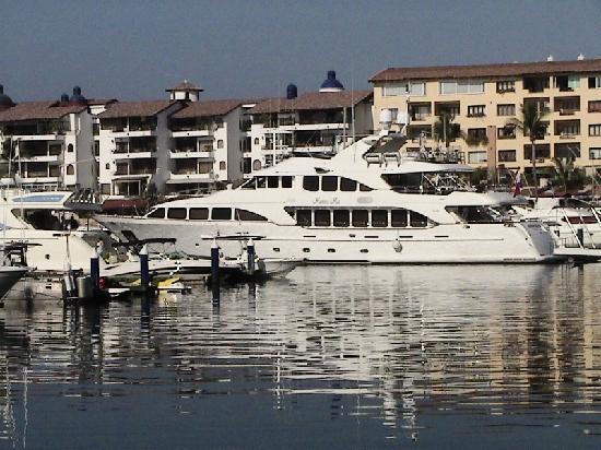 Flamingo Vallarta Hotel & Marina: One of the many beautiful yachts
