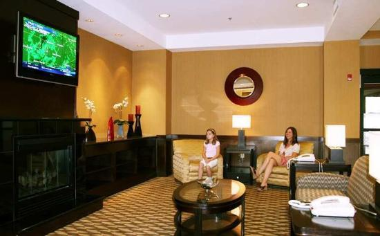 Hampton Inn & Suites Burlington: Lobby