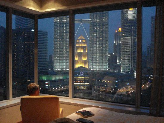Traders Hotel, Kuala Lumpur: View from suite