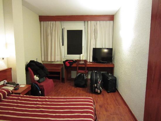 Catalonia Park Putxet Hotel: Room
