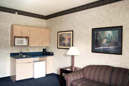 Hampton Inn Saco / Biddeford: Suite