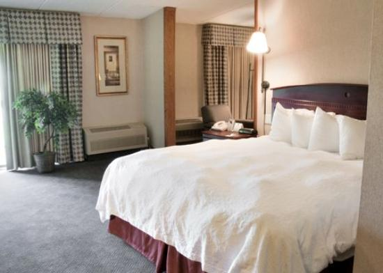 Baymont IS Michigan City: Suite Room AINQuality Inn