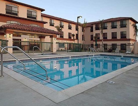 Hampton Inn & Suites Camarillo: Recreational Facilities