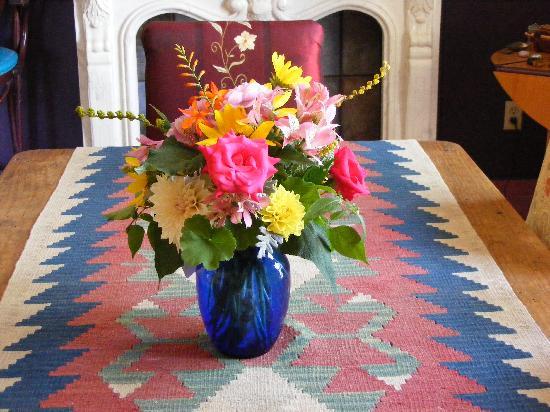 Eve's Garden Bed & Breakfast: Organic Flowers by Kate