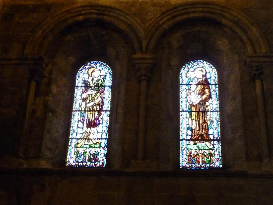 Santo Antonio de Lisboa: San Vicente e Sant'Antonio nelle vetrate della Cattedrale