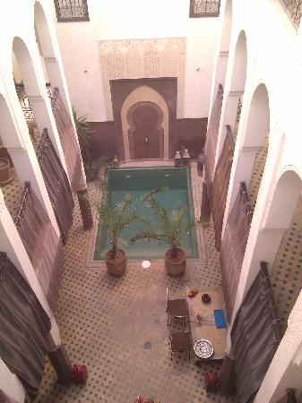 Riad Khabia: View from outside the 2nd floor twin suite (Berber room)