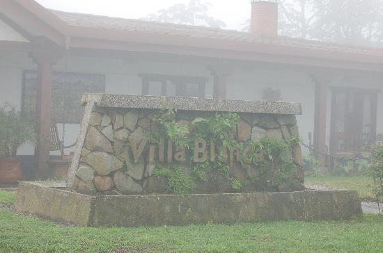 Villa Blanca Cloud Forest Hotel and Nature Reserve: Main Building