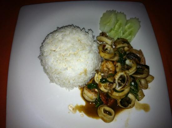 Pla Thong Seafood Restaurant : fried spicy rise with seafood