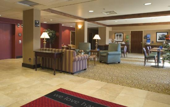 Hampton Inn Erie-South: Lobby 2