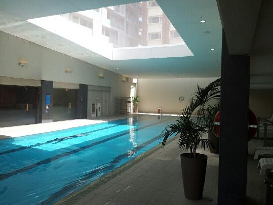 Pullman Auckland: Pool With Retractable Roof
