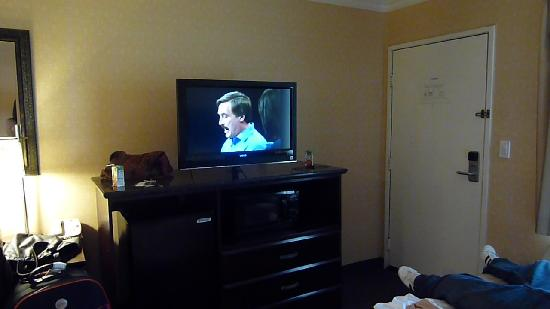 Best Western Woodland Hills: nice tv